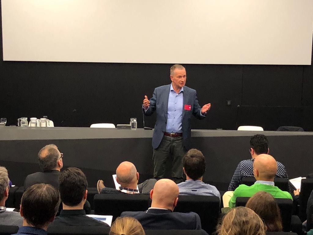keynote speaker Hendrik Hellemns